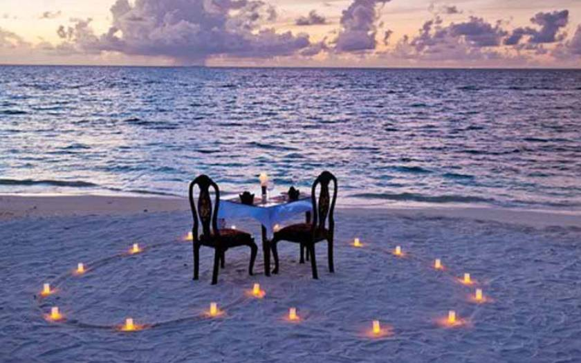 Romantic Ideas to Celebrate Your First Wedding Anniversary
