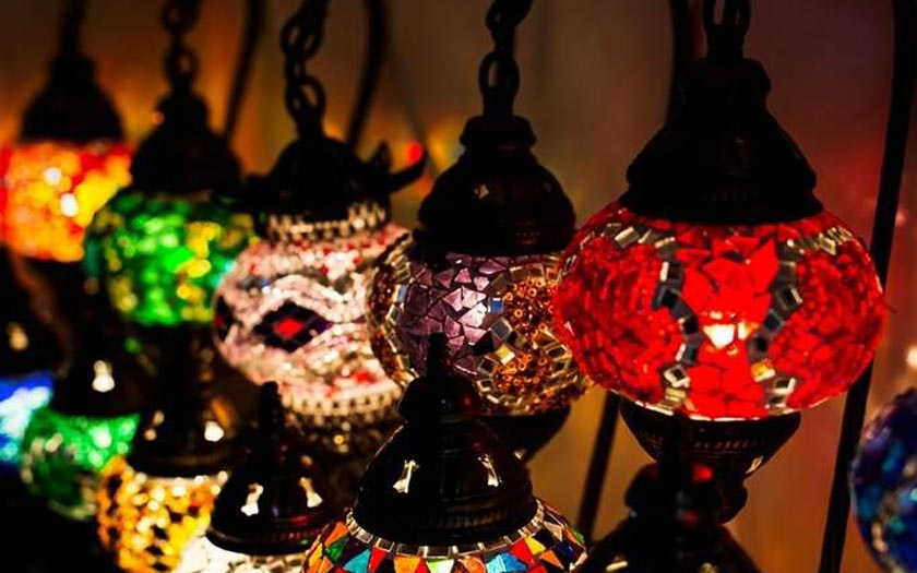 8 Tips for Ramadan Gatherings and Meeting the In-Laws