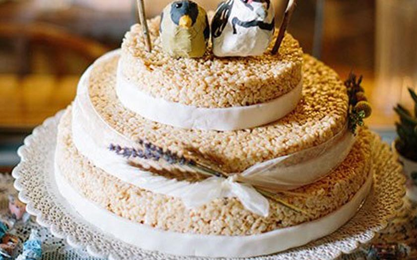 Creative Nontraditional Wedding Cakes